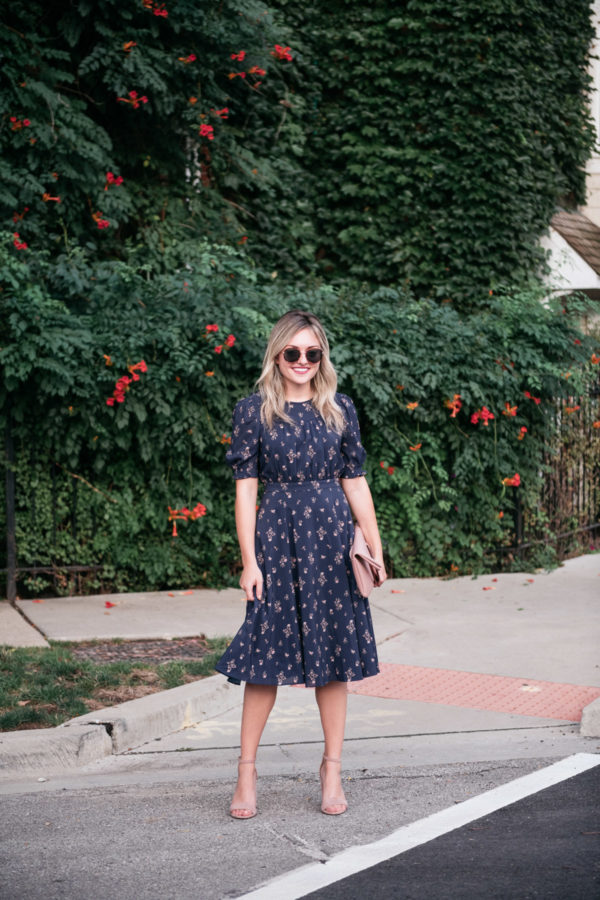 Chicago fashion blogger Jessica Sturdy wearing the Gal Meets Glam Emily dress with round tortoise sunglasses from Nordstrom.