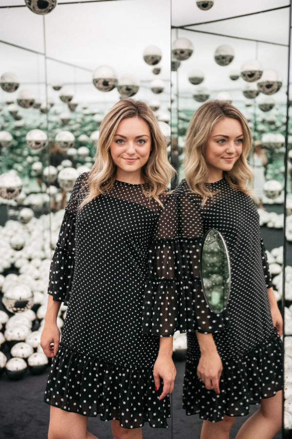 Top women's lifestyle blog Bows & Sequins, written by Jessica Sturdy, at the wndr museum at the Infinity Mirrors room in the West Loop.