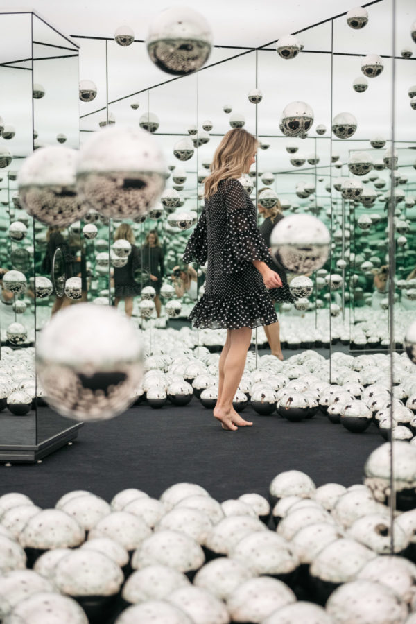 Women's lifestyle blogger Jessica Sturdy of Bows & Sequins previews the new Infinity Mirrored room by Yayoi Kusama.