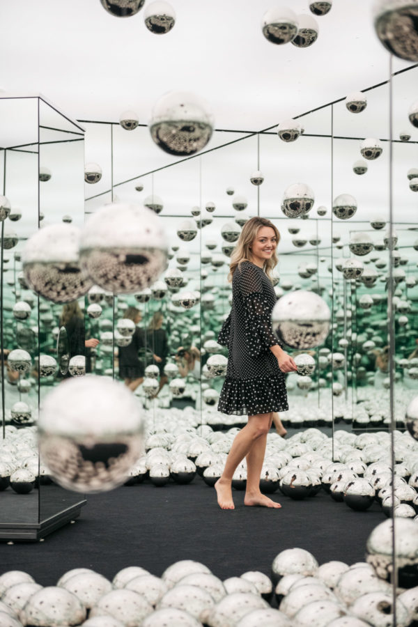 Women's fashion and lifestyle blogger Jessica Sturdy of Bows & Sequins at the Infinity Mirrors installation.