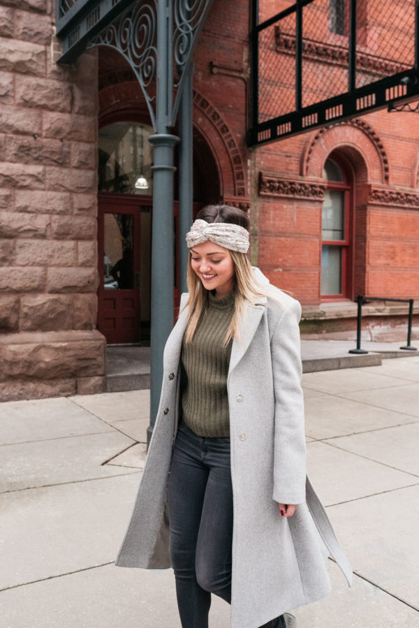 Chicago personal stylist and wardrobe consultant Jessica Sturdy wearing a sequin headband with a grey wool coat.