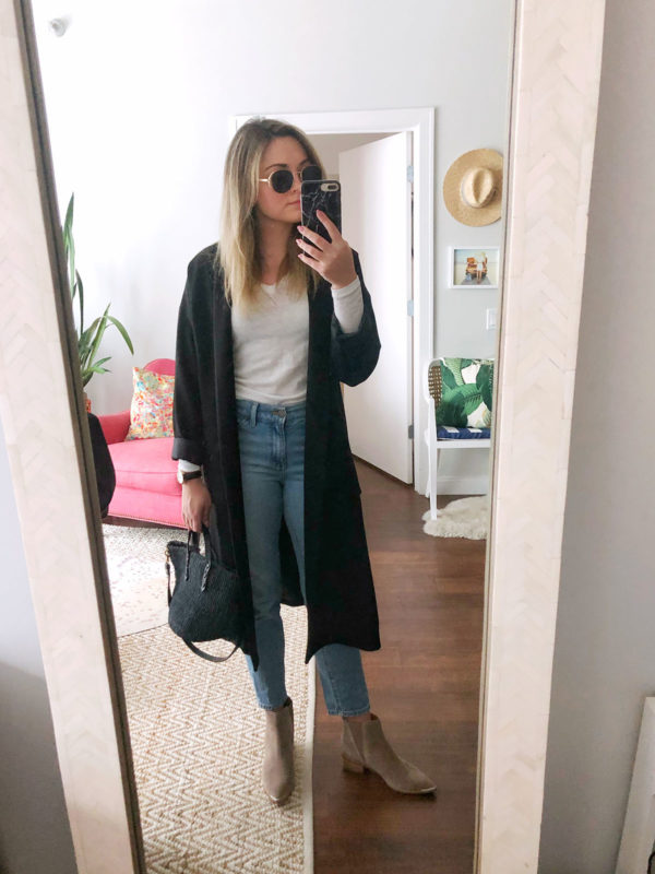 Fashion and lifestyle blogger Jessica Sturdy of Bows & Sequins styling a pair of Prive Revaux sunglasses, Mott & Bow Mom Jeans, Marc Fisher booties, and a Clare V black straw bag.