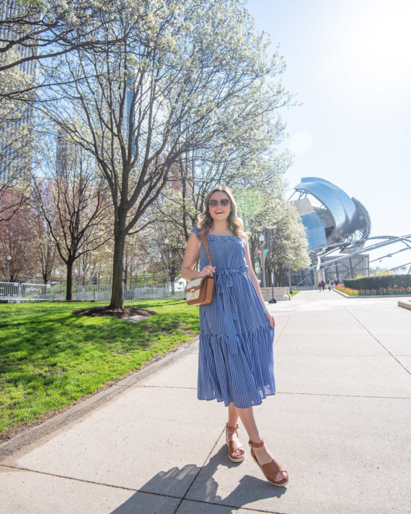 Chicago blog Bows & Sequins styling a feminine midi dress.