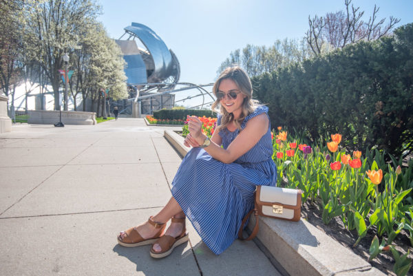 Chicago lifestyle blog Bows & Sequins styling a spring outfit in Millennium Park.