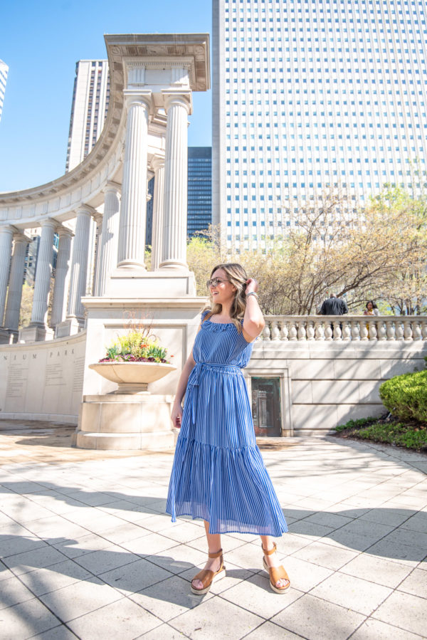Chicago fashion blogger Bows & Sequins styling a Michael Kors midi dress in Millennium Park