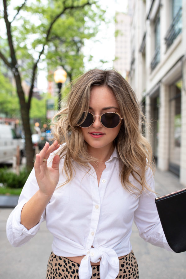 Chicago beauty blogger Bows & Sequins with messy blonde hair wearing Prive Revaux sunglasses.