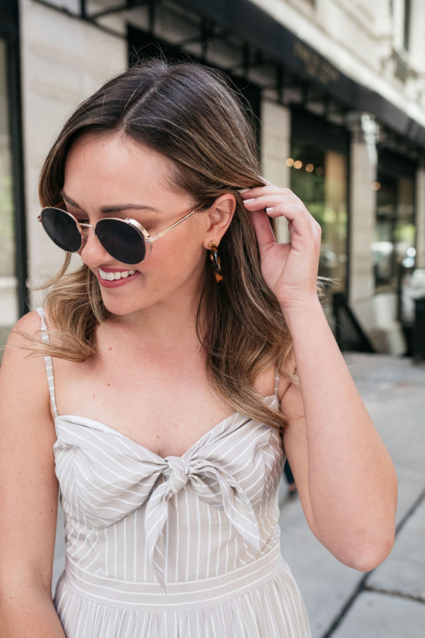 Fashion blogger styling BaubleBar tortoise hoops and Prive Revaux Riviera sunglasses.