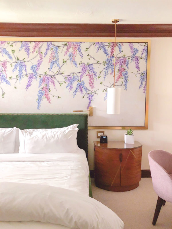 Travel blogger Bows & Sequins shares interior inspiration for a bedroom inspired by the guest rooms at Brazilian Court in Palm Beach, Florida.