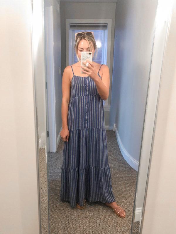 Style blogger wearing a striped Splendid linen maxi dress.