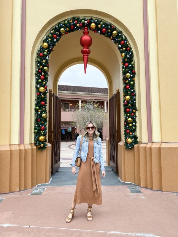 Travel blogger Bows & Sequins at Universal Orlando.