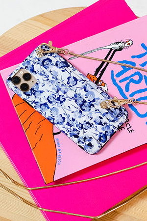 Bows & Sequins launches collection of iPhone Cases with Crossbody Straps